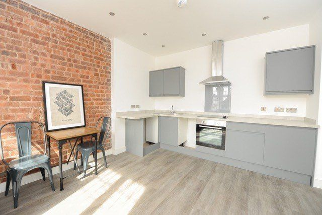 Thumbnail 2 bed flat to rent in Knifesmithgate, Chesterfield