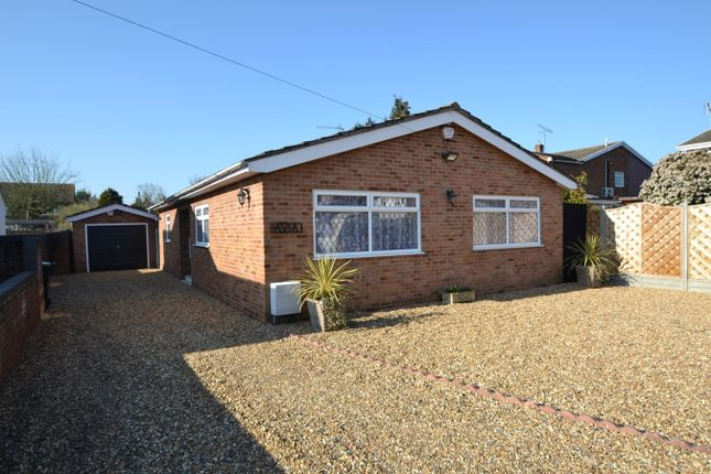 Thumbnail Bungalow for sale in Derby Road, Hoddesdon