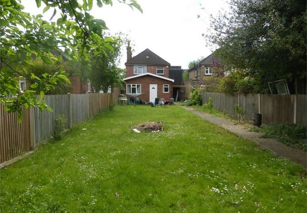 Thumbnail Detached house for sale in Bath Road, Hounslow, Middlesex