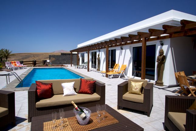 Thumbnail Chalet for sale in Puerto Calero, Lanzarote, Canary Islands, Spain