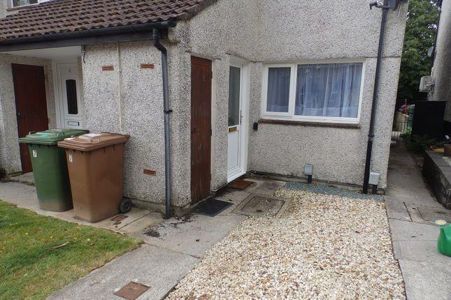 Thumbnail Flat to rent in Lavington Close, Plympton, Plymouth