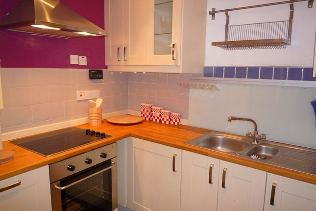 Thumbnail Flat to rent in St Leonards Street, Newington, Edinburgh