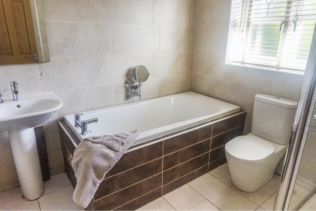 Bathroom of Bonchurch Drive, Wavertree, Liverpool L15
