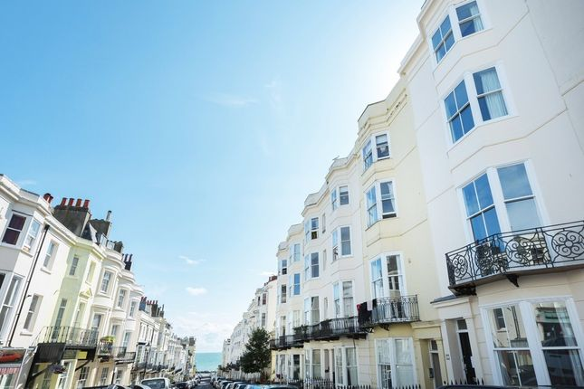 Thumbnail Maisonette to rent in Waterloo Street, Hove