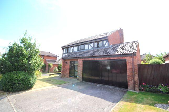 Thumbnail Detached house for sale in Glendale, Locks Heath, Southampton