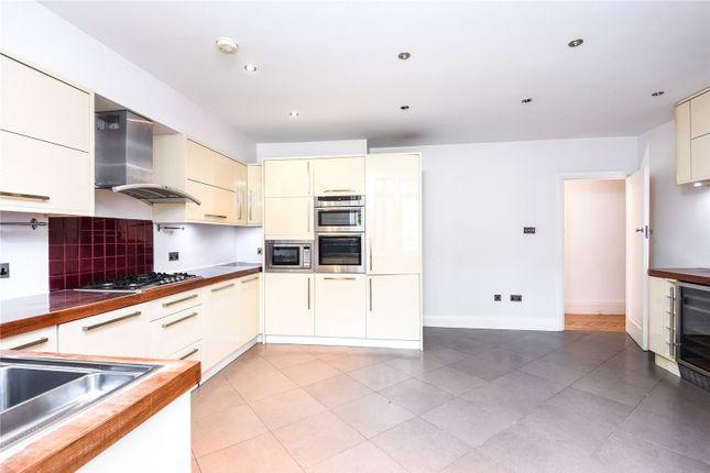 Thumbnail Flat to rent in Southwood Lane, London