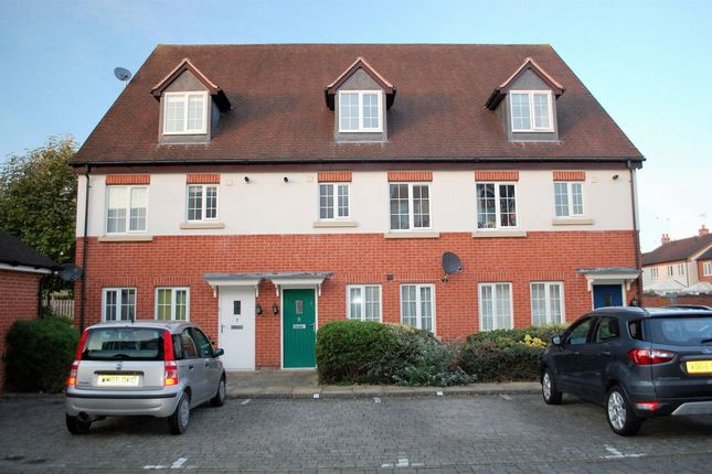 Thumbnail Flat for sale in Flax Close, Alcester