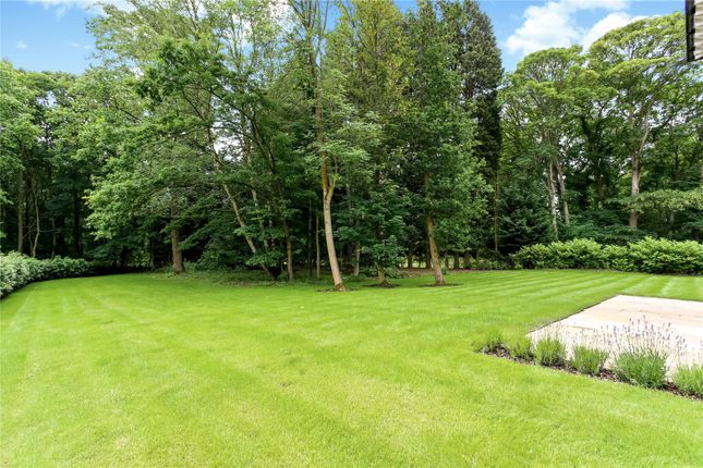 Picture No. 17 of Wick Hill, Finchampstead, Wokingham, Berkshire RG40