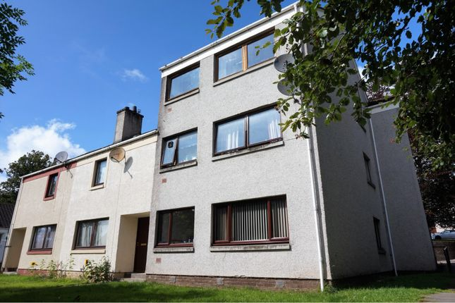 Thumbnail Flat for sale in Macintyre Place, Dingwall