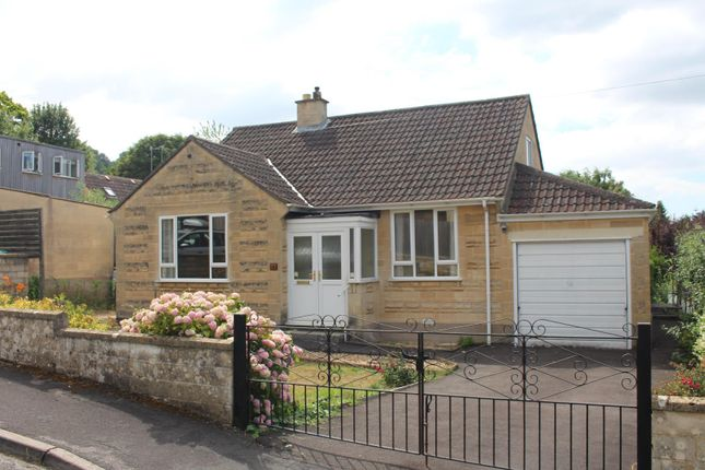 Thumbnail Detached bungalow to rent in Holcombe Close, Bathampton, Bath