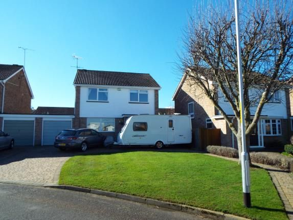 Thumbnail Detached house for sale in The Finches, Sittingbourne, Kent