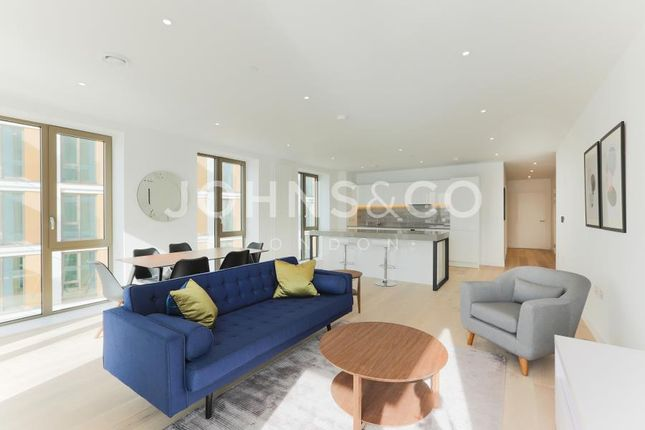 3 bed flat for sale in Compass House, Royal Wharf, London