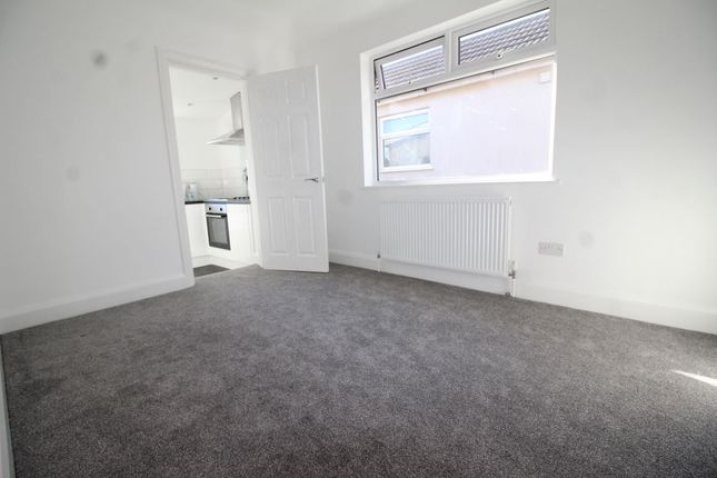 Thumbnail Bungalow to rent in Westbourne Road, Bexleyheath
