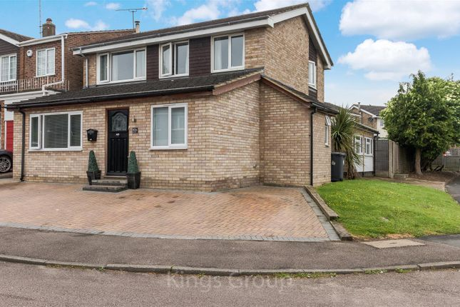 Thumbnail Detached house for sale in Monks Walk, Buntingford