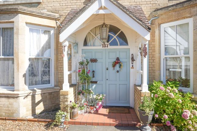 Entrance Porch of Wellingborough Road, Finedon NN9