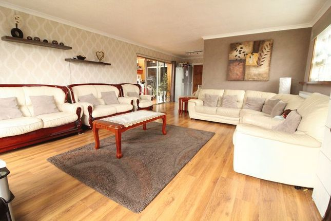 Thumbnail Semi-detached house for sale in Stockingstone Road, Luton