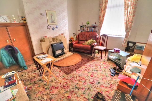Lounge of Shakerley Road, Tyldesley, Manchester M29