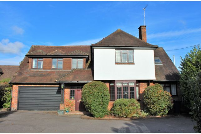 Thumbnail Detached house for sale in Mitchell Walk, Amersham