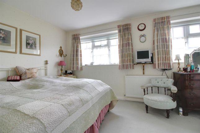 034-036 of Wakehams Hill, Pinner HA5