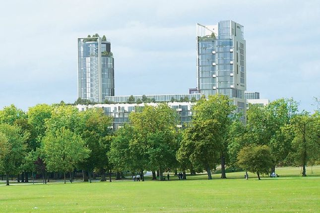 Thumbnail Flat for sale in Seven Sisters Road, London