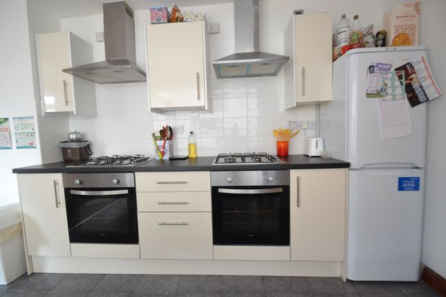 Thumbnail Property to rent in Wyverne Road, Cathays, Cardiff