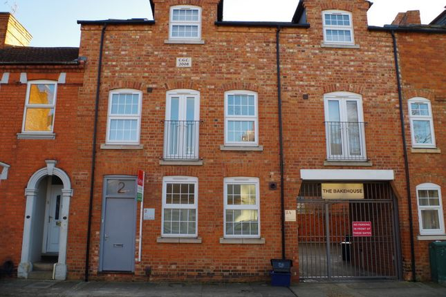 Thumbnail Terraced house to rent in Gray Street, Northampton