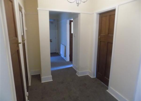 3 bed flat to rent in Murihead Avenue, Clubmoor, Liverpool