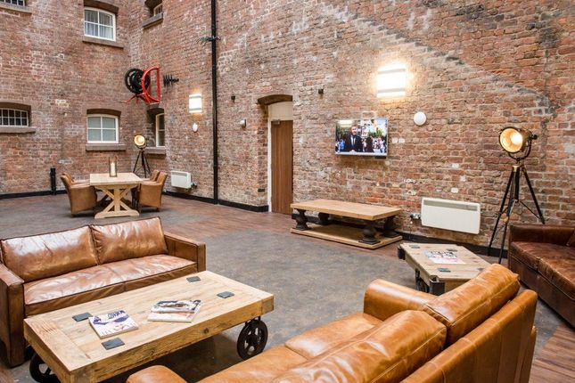 Communal Area of Cheapside, Liverpool L2