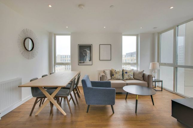 Thumbnail Flat to rent in Terry Spinks Place E16, London,