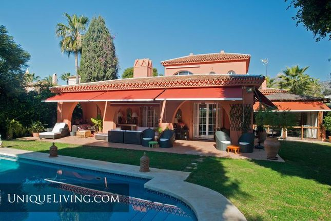 4 bed villa for sale in Nueva Andalucia, Costa Del Sol, Spain