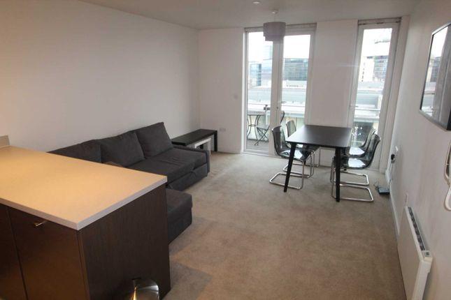 1 bed flat to rent in Block Spectrum, Blackfriars Road M3