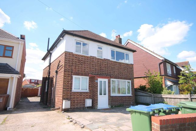 Thumbnail Maisonette for sale in Sussex Road, Northumberland Heath, Erith