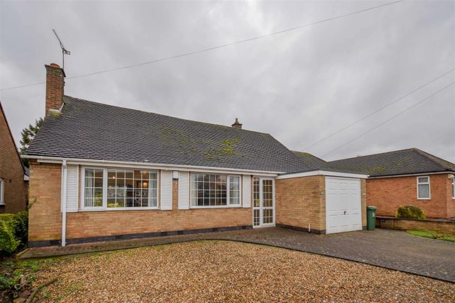 Thumbnail Property for sale in Templar Way, Rothley, Leicester