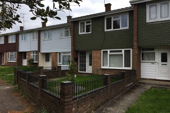 Thumbnail 3 bed terraced house for sale in Dorset Avenue, Great Baddow, Chelmsford