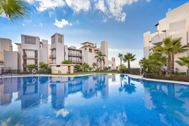2 bed apartment for sale in Bahia De La Plata, Estepona, Málaga, Andalusia, Spain
