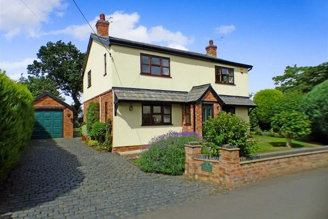 Thumbnail Cottage for sale in Waterloo Road, Haslington, Crewe