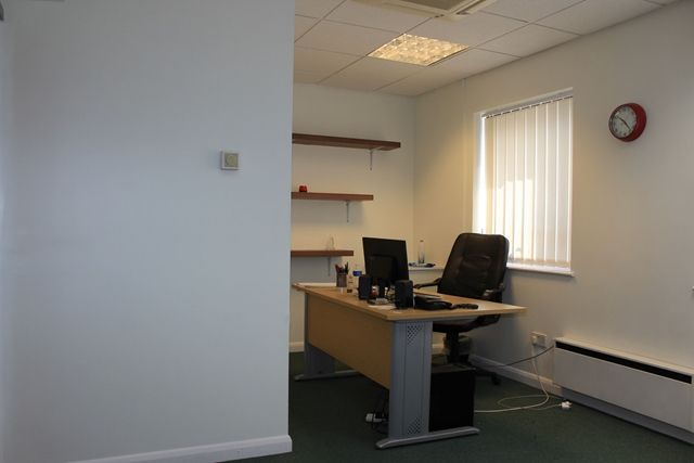 Thumbnail Office to let in Holgate Court, Western Road, Romford