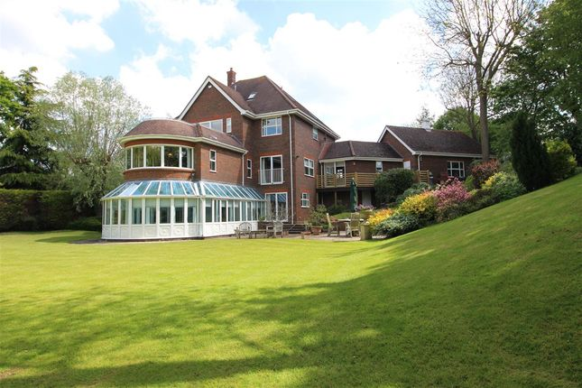 Thumbnail Detached house for sale in Ashwood House, 1 Tompions End, Ickwell