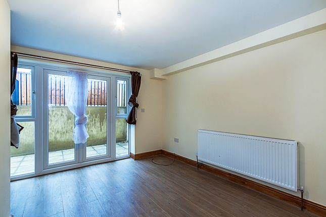 4 Bed Shared Accommodation To Rent In High Road Leyton