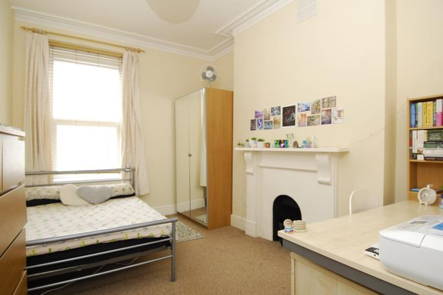 Thumbnail Property to rent in Cromwell Road, Plymouth