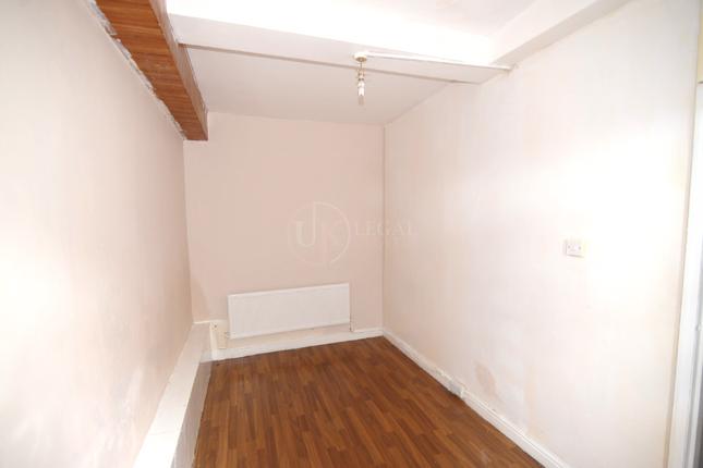 Bedroom of Staniforth Road, Sheffield S9
