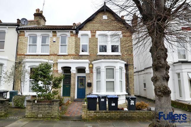 Flat for sale in Stonard Road, London