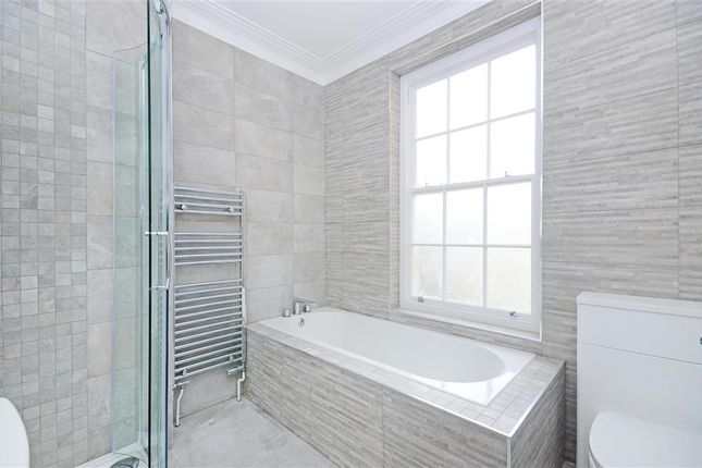 3 bed flat for sale in High Street, Lewes, East Sussex