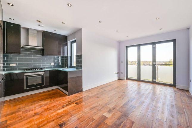 Thumbnail Flat to rent in Flat C, Alexandra Park Road, Alexandra Park, London