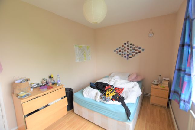 Thumbnail Flat to rent in Wimbledon Park Road, Southfields