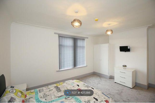 Thumbnail Room to rent in Armley Ridge Road, Leeds
