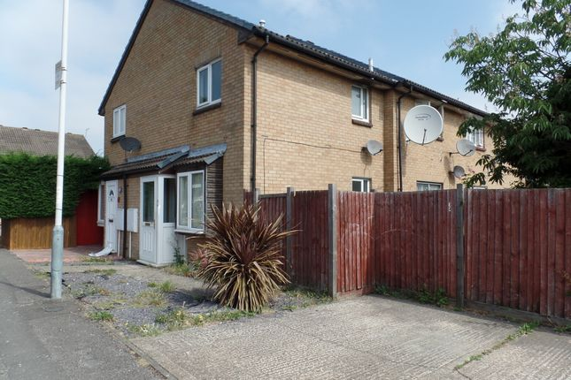 Thumbnail Flat to rent in Ramulis Drive, Hayes