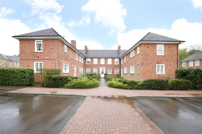 Thumbnail Maisonette for sale in Leyfield Villa, Cayton Road, Coulsdon, Surrey