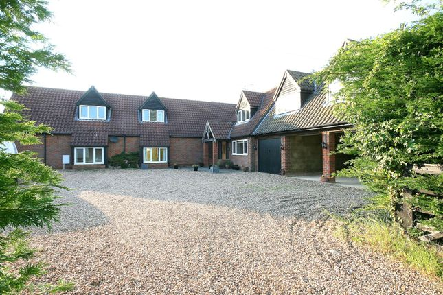 Thumbnail Barn conversion for sale in Butlers Barn, Northall, Bucks.