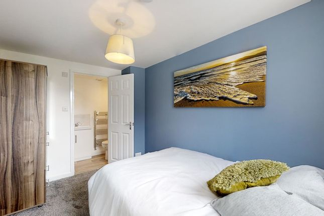Thumbnail Shared accommodation to rent in Canterbury Street, Gillingham